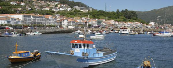 Pequeño pueblo gallego